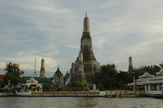 Wat Arun, image copyright Chris Mitchell