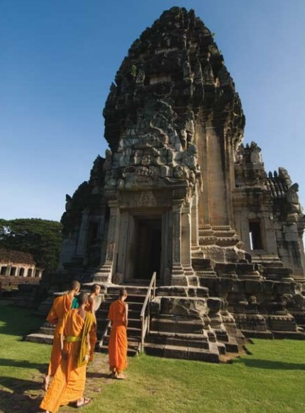 Image result for thai buddhist temple