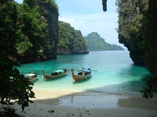 Railay Bay - Rock Climbing and Island Paradise - Travel Happy